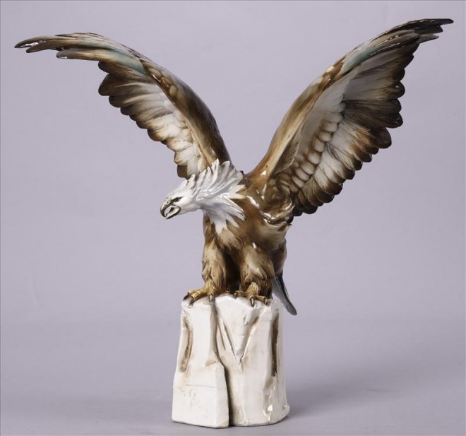 Aquila reale ceramica Cacciapuoti anni 40